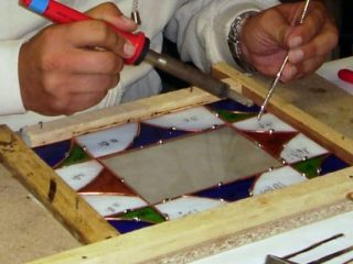 Lavorare il vetro: corso di tecnica Tiffany